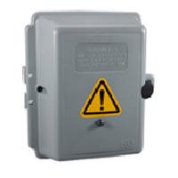 電圧ケース型